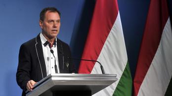 Szlávik János: A koronavírust nem lehet eltüntetni