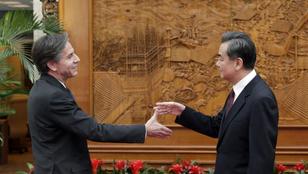 Virágnyelven szólogattak be egymásnak a nagyhatalmak az ENSZ Biztonsági Tanácsában