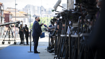 Történelmi EU-csúcsot tartottak, de Orbán Viktor nem érte el a célját