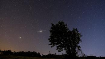 Titokzatos fények játszadoztak éjjel Magyarország egén
