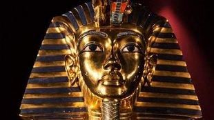 Képzelt riport Tutanhamon fáraóval, Howard Carter régésszel