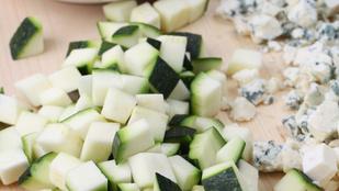 Krémes sajtos cukkini citrommal és oregánóval – nincs is ennél jobb nyári köret