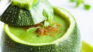 Cukkini-édeskömény leves – még egy recept kedvenc zöldségünkkel