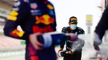 Már másodszor ette meg a Red Bull a Mercedes taktikáját