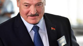 Lukasenko bizalmi körére ruházza át az elnöki jogköröket, ha valami történne vele