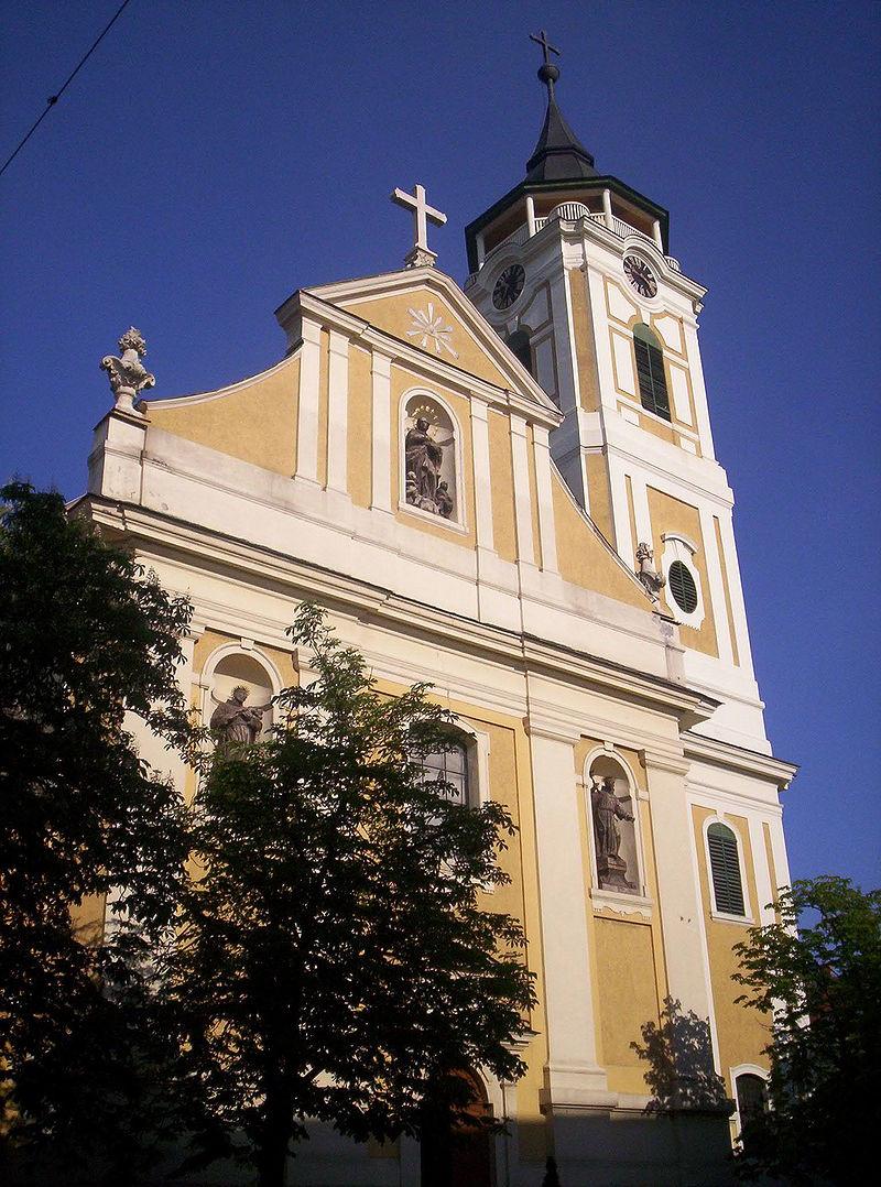A bajai Páduai-Szent Antal plébániatemplom, a bunyevácok temploma