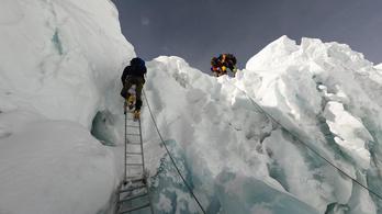 Meredek kalandok a jégfalon