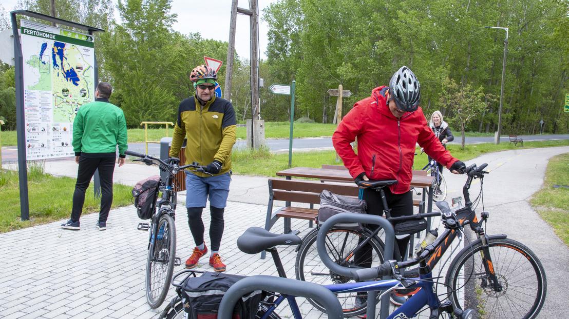 hidegség kerékpáros pihenő