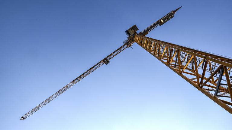 360 milliárd forint lóg a levegőben az építőiparban