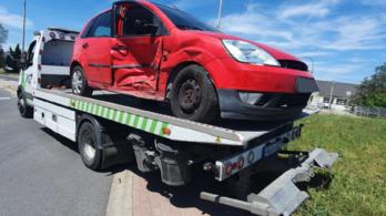 Parkinsonos sofőr okozott balesetet, amit megúszott, de a helyszíni szemlén elesett és betörte a fejét