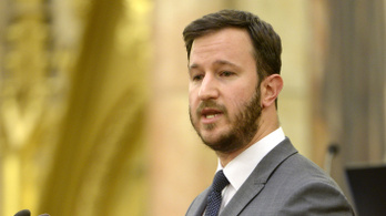 Kásler Miklós lepattintotta Bana Tibort, miután a képviselő a külföldön oltottak védettségi igazolványáról kérdezett