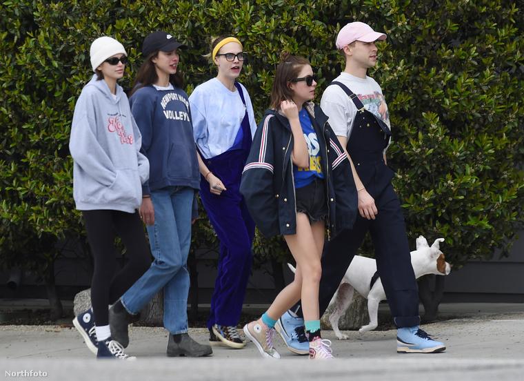 Kaia Gerber, Margaret Qualley, Cara Delevingne, Ashley Benson és Tommy Dorfman: Los Angeles fiatal, menő feltörekvői együtt próbálták átvészelni a járványidőszakot, aztán részben ezek a barátok segítettek Delevingne-nek átvészelni a csalódást.Benson aztán egy G-Eazy nevű rapperrel jött össze rövid időn belül, de már vele is szakítottak.