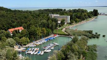 A külföldi vendégek csaknem eltűntek a Balatonról