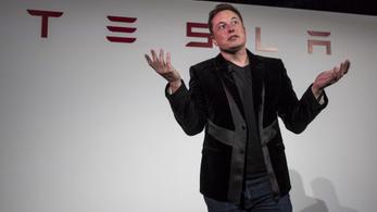 """A Tesla mérnökei cáfolják Elon Musk állításait a """"teljes önvezetésről"""""""