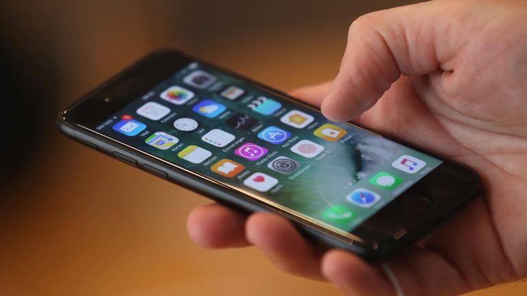 Kiderültek minden idők legnagyobb iPhone-hackjének részletei