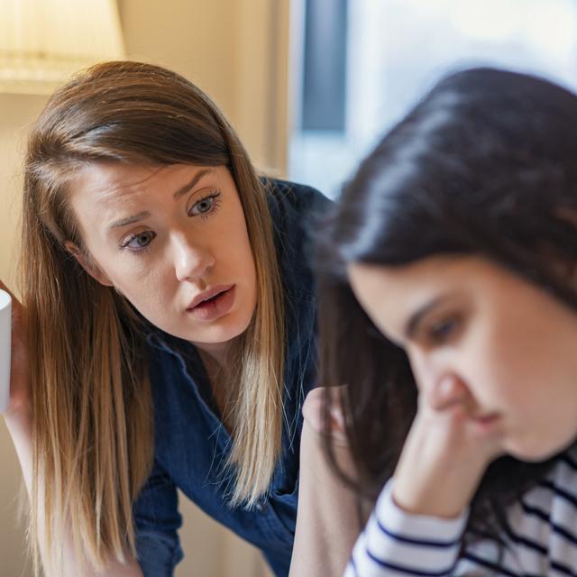 3+1 mondat, amivel egy életre tönkreteheted a gyerek önbizalmát: szülőként soha ne mondd neki
