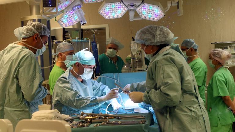 Már a műtétekhez is kell a védettségi igazolás