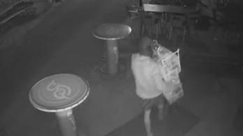 Egy egri söröző jégkrémhűtőjének teljes tartalmát ellopta egy férfi