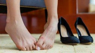 Bütyöktől, görbe lábujjaktól szenvedsz?