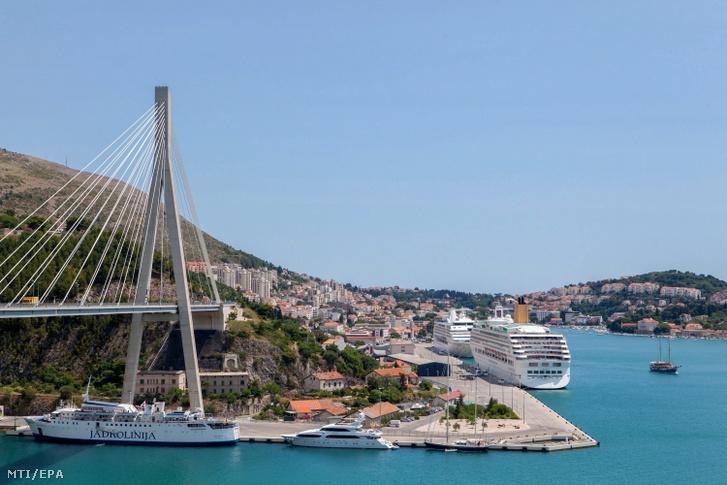Dubrovnik. Horvátországgal is kétoldalú megállapodást kötöttünk.