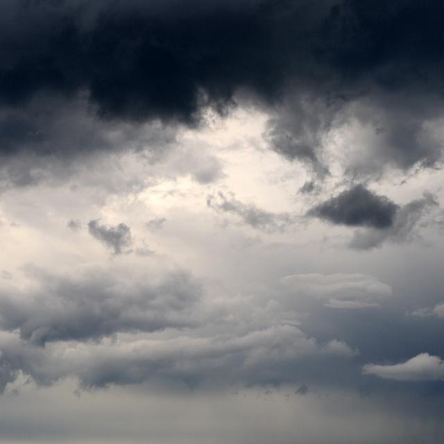 Nem sok jóra számíthatunk a hétvégén: borús idő, eső és hideg lesz