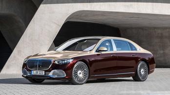 Csendben bemutatták a V12-es Maybach-Mercedest