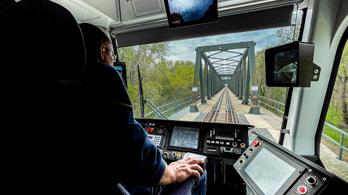 Így érnék el a fiatalabb járműállományt a MÁV-nál
