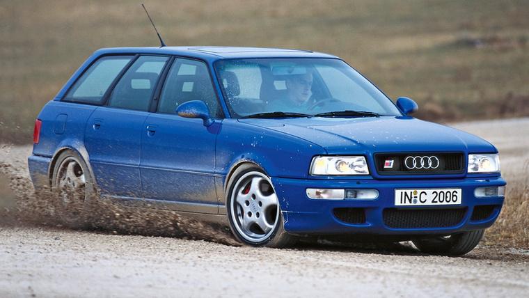Le sem tagadhatná az Audi első RS modellje, az RS2 Avant, hogy a Porschénak is benne van a keze