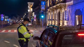 Véget ér a a kijárási tilalom Romániában
