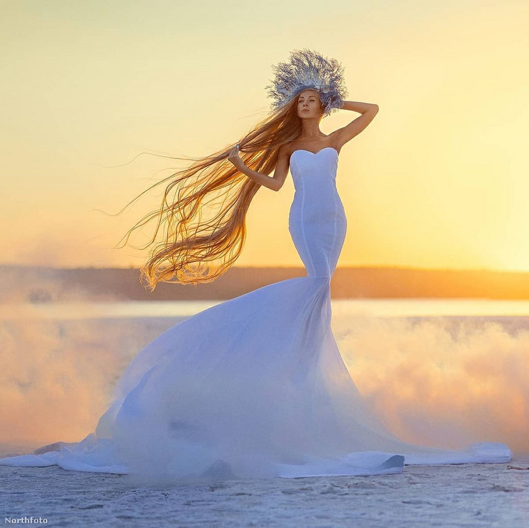 Alena Kravcsenkó azt tanácsolja, hogy csak akkor vállaljuk a hosszú hajat, ha van időnk és energiánk rá, különben csak egy nyűg lesz számunkra