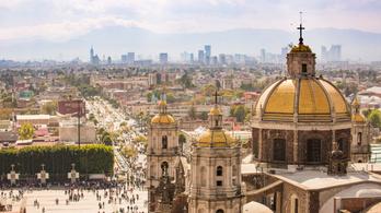 Megállíthatatlanul süllyed Mexikóváros