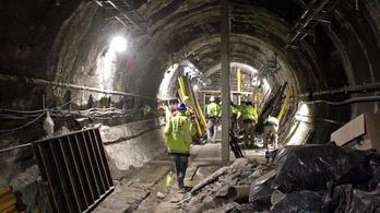 Videón a 3-as metró belvárosi szakaszának átalakulása