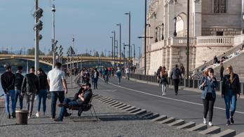 Hétvégétől este 11-ig használhatják a gyalogosok és a kerékpárosok a pesti alsó rakpartot
