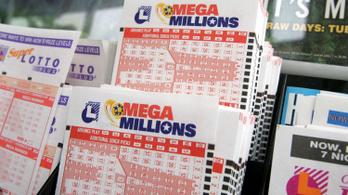 Megnyerte a főnyereményt a lottón, de véletlenül kimosta a szelvényt
