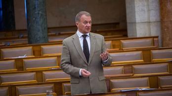 Beállt a Jobbik Varju László mögé