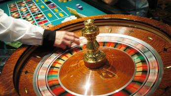 Több mint 62 milliót játszott el a sikkasztó bankpénztáros