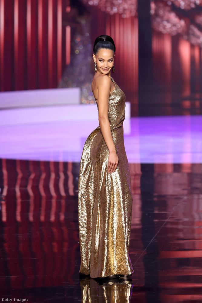 Az ötödik Kimberly Jiménez lett, a Dominikai Köztársaságból.