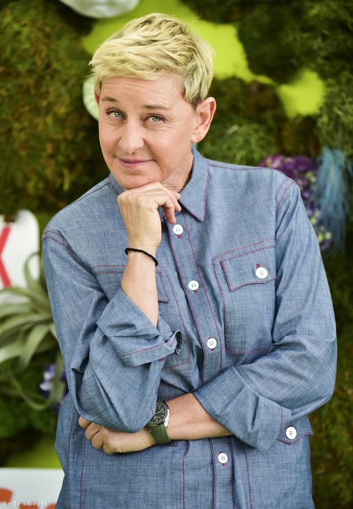 Íme a 63 éves Ellen DeGeneres, amerikai humorista, színésznő és jelenleg a nevével fémjelzett talk show műsorvezetője