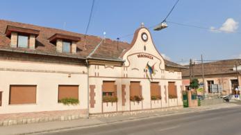 A jegyző kirúgása 21 milliójába került Budakalásznak