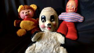 Egy amerikai pár félelmetes játékokat gyűjt, íme készletük leghátborzongatóbb darabjai
