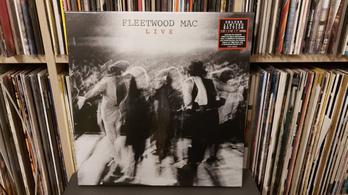 A Live azon a napon jelent meg, amikor Lennon meghalt