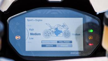Kik lopják el a vezetési élményt?