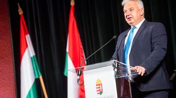 Semjén Zsolt: Ha egy ország nem fogadja el a magyar oltásokat, Magyarország sem fogja az ottaniakat