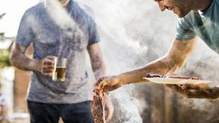 Csilis-mézes tarja vajjal és gyömbérrel – szerecsendiós édesburgonya-pürét készíts mellé