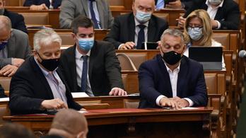 Megszavazta a parlament: őszig marad a veszélyhelyzet