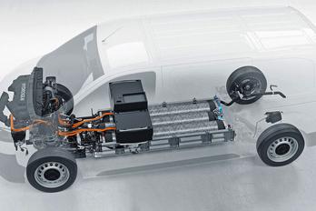Opel és a Peugeot furgonok hidrogén-hajtással