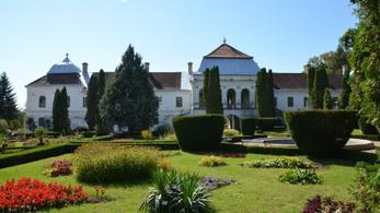 Eladták az örökösök a zsibói Wesselényi-kastélyt, perel az önkormányzat