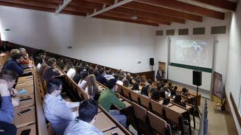Elemző: Az akadémiai szabadságot fenyegeti a kínai jelenlét az egyetemeken