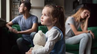 Együtt maradni a gyerek miatt: pszichológus mondja el, hogy miért rossz ötlet