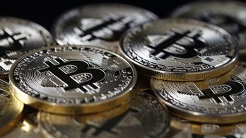 Tovább zuhan a bitcoin, már 40 ezer dollárt sem ér